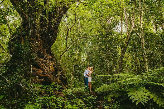 Couple looking for adventures in the jungle