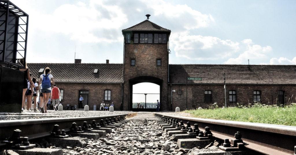 Auschwitz tour - Birkenau gate